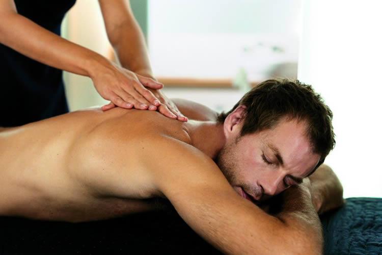 Riequilibra corpo e mente col massaggio
